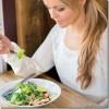 10 labi padomi kā ēst pareizi un nesajukt prātā