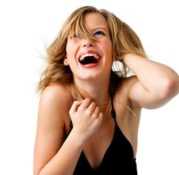 sievietes smiekli