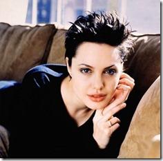 Angelina Jolie frizūras 1998