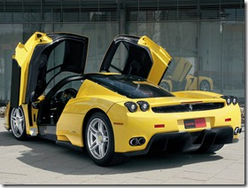 dzeltena-masina (2)