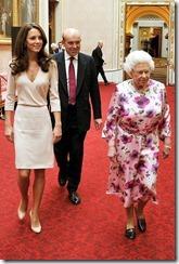 karalienes-Elizabetes-II-stils (3)
