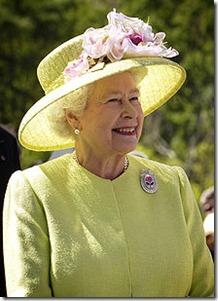 karalienes-Elizabetes-II-stils