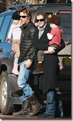 IMAGE ID # 1776003 Exclusiveā€?Miles away from the hustle and bustle of Hollywood and the demands of being one of the top box office draws in film history, Julia Roberts and her family fit in nicely on the sleepy streets of Taos, New Mexico, where they are staying during the holidays. On Saturday morning (January 3rd, 2009), a low-key Julia, husband Danny Moder, and the twins Phinnaeus and Hazel all went for a brief outing in town. The twins carried toys while Julia and Danny ran errands and picked up a quick breakfast and both parents were attentive and loving with their children, though they didnā€™t interact with each other much at all.    01/03/2009 --- Hazel Patricia Moder, Phinnaeus Walter Moder, Danny Moder, Julia Roberts --- (C) 2008 Fame Pictures, Inc. - Santa Monica, CA, U.S.A - 310-395-0500 / Sales: 310-395-0500