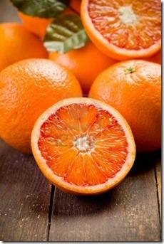 apelsini_uz_galda