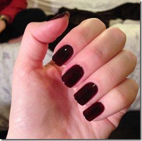 Fall-Nail-Polish-Color-With-Dark-Brown-Colors